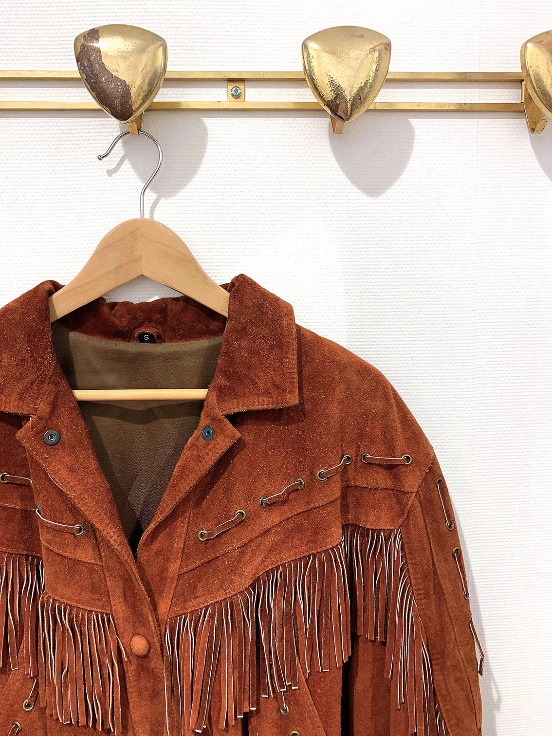 Vest à franges orange indienne cintre