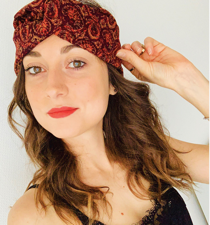 Visage headband upcycling selfie rouge