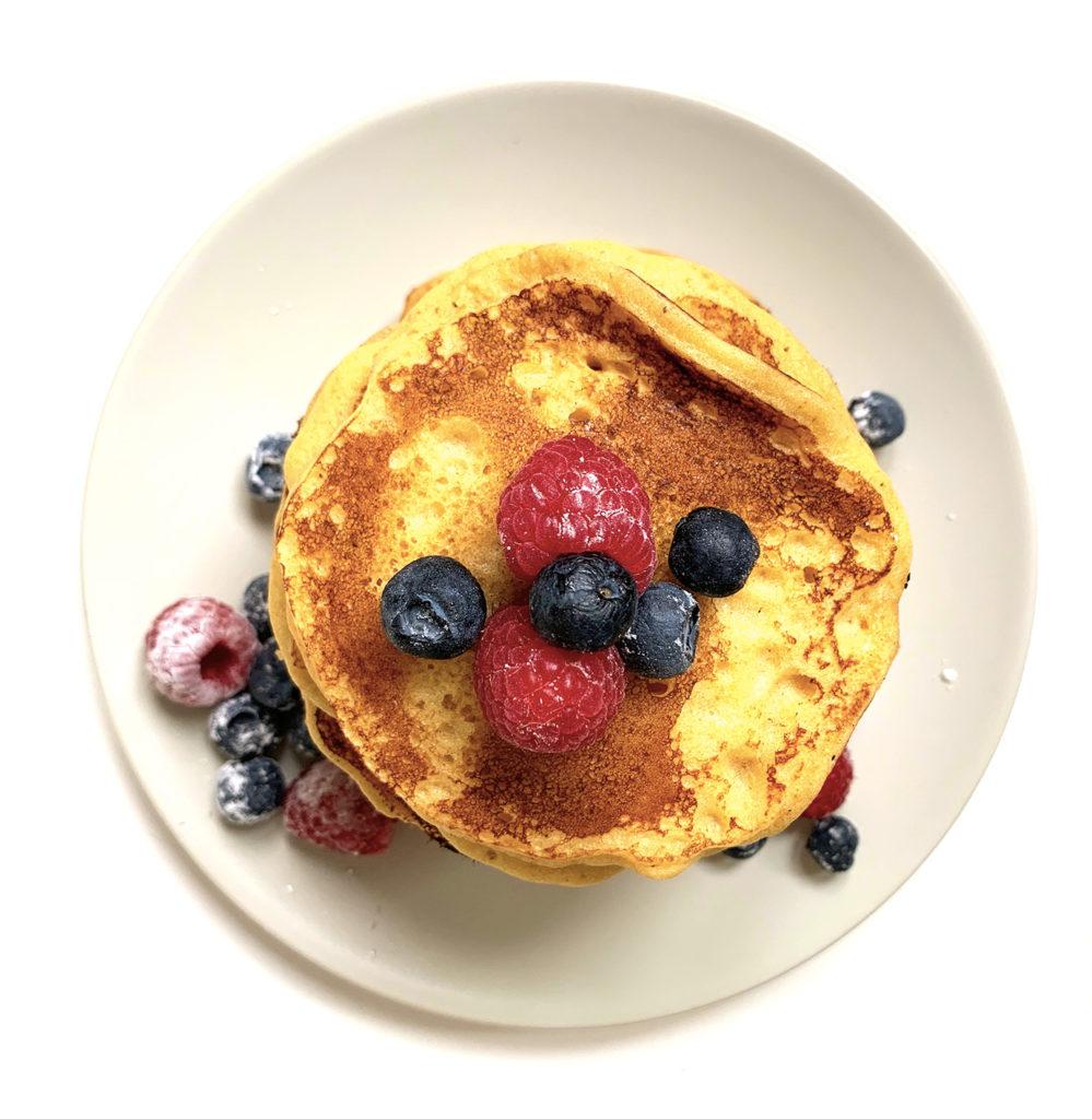 Pancakes-recette-anti-gaspi-pain-rassis-fruits