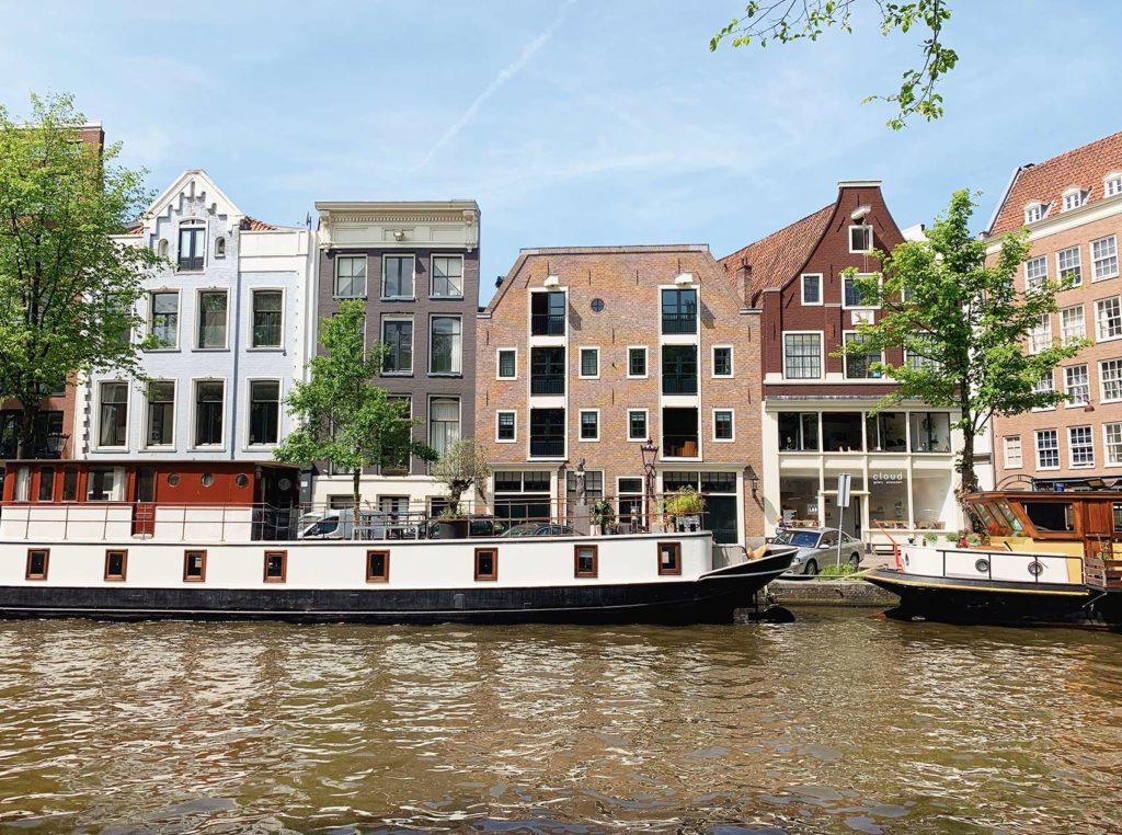 Amsterdam canaux bâteaux
