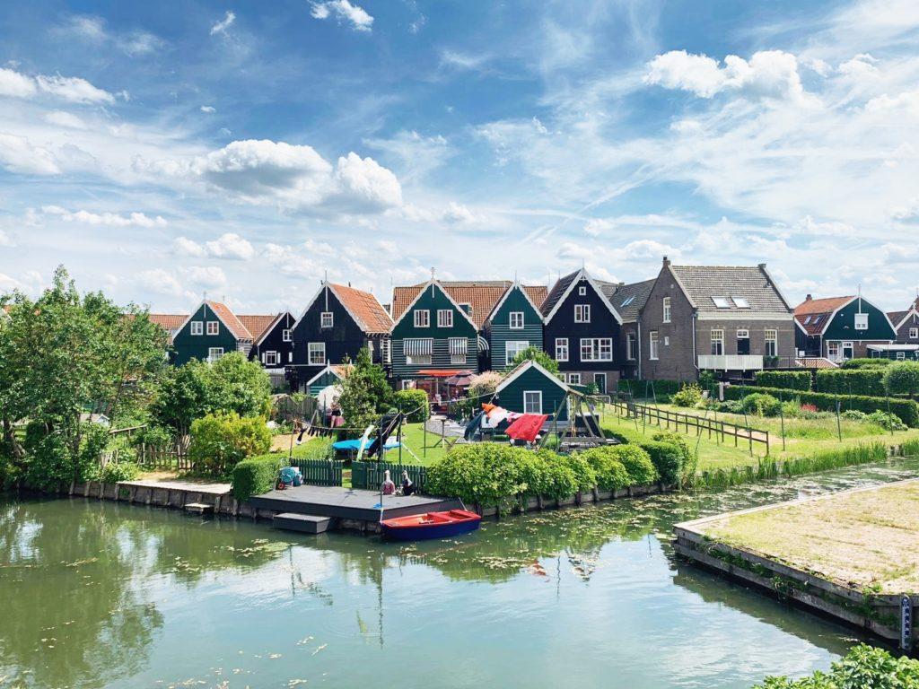 Marken paysage village maisons