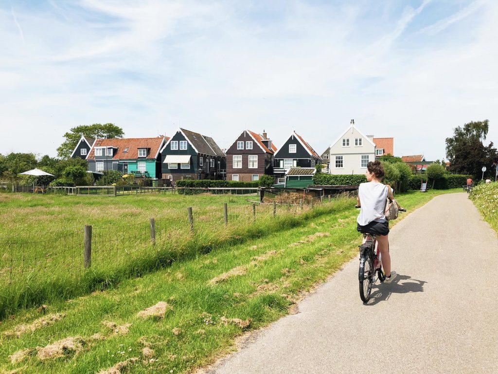 Waterland marken vélo fille paysage nature